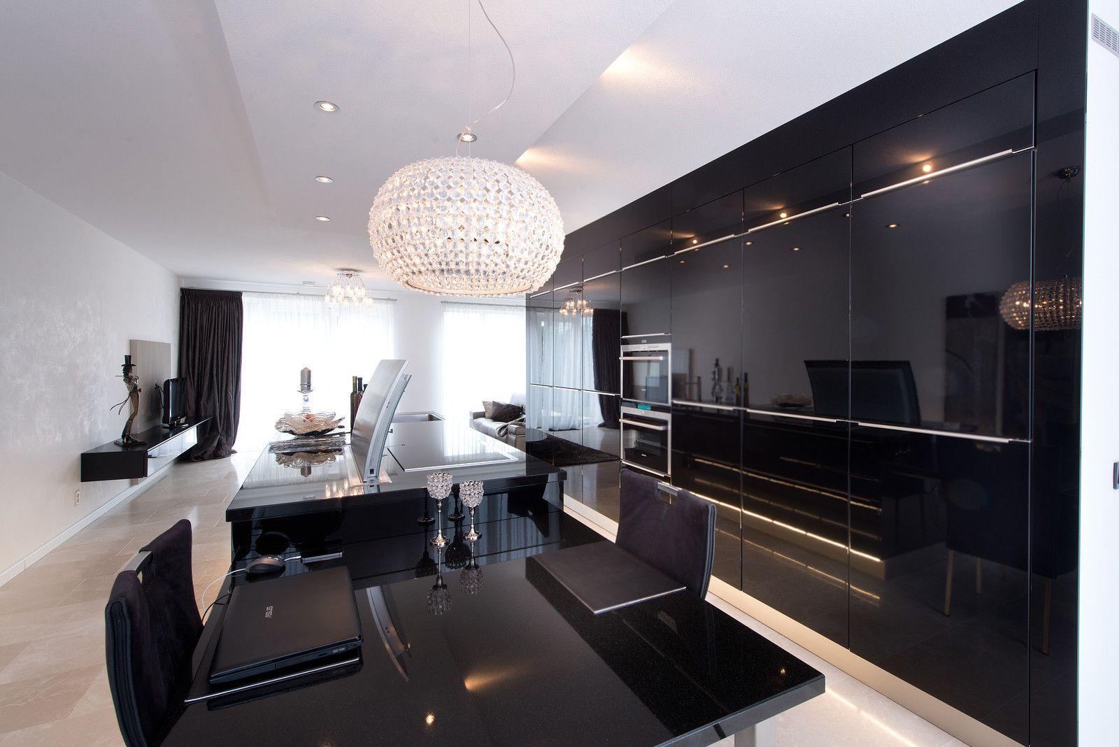 Strakke Zwarte Keuken : Tieleman keuken model next125 hoogglans zwart gelakt kopen