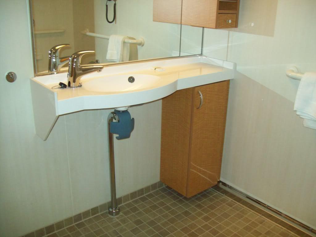 Magreben S Media Bathroom Design Home Home Decor