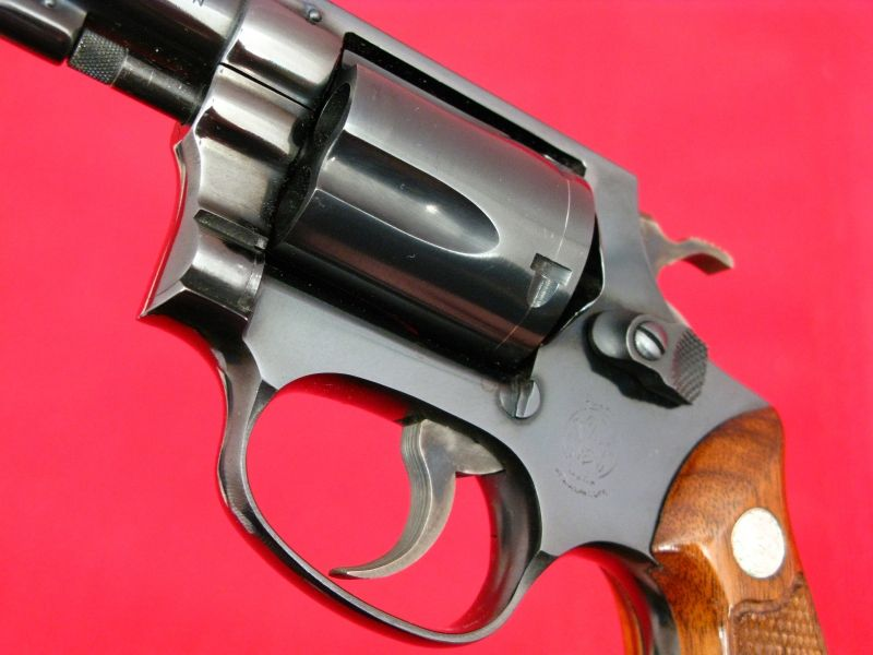 SMITH & WESSON - Model 36 .38 CHIEFS SPECIAL...Mfd 1968