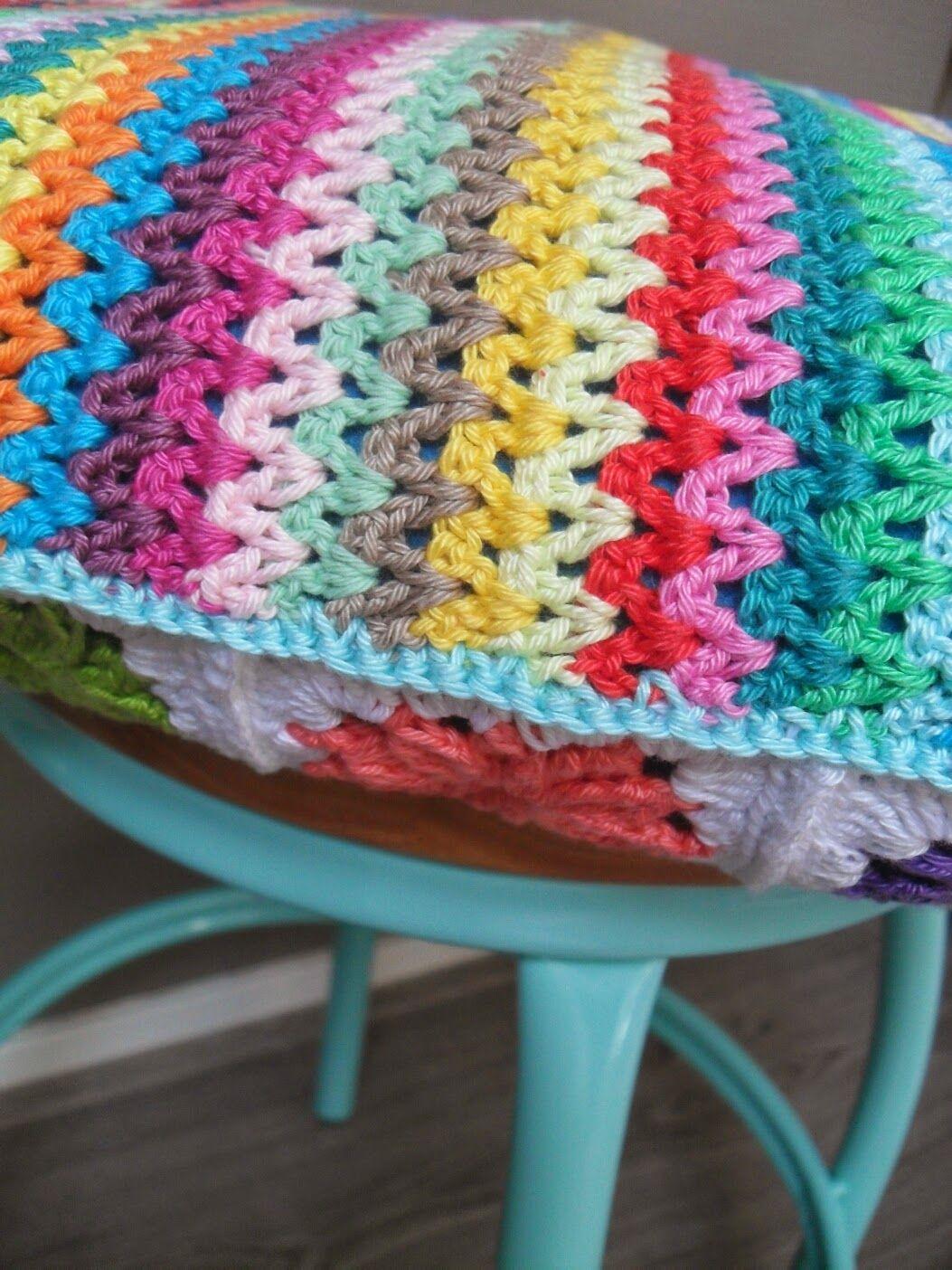Hooked by Marijtje Hurray - V-stitch cushion | crochet | Pinterest ...