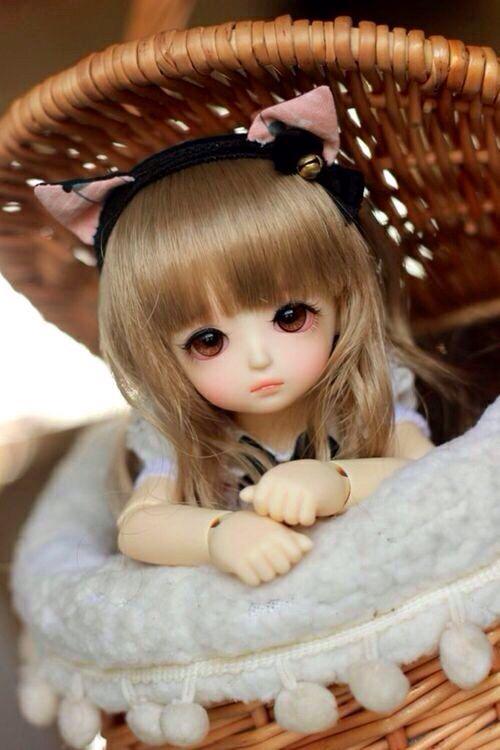 Brown hair doll