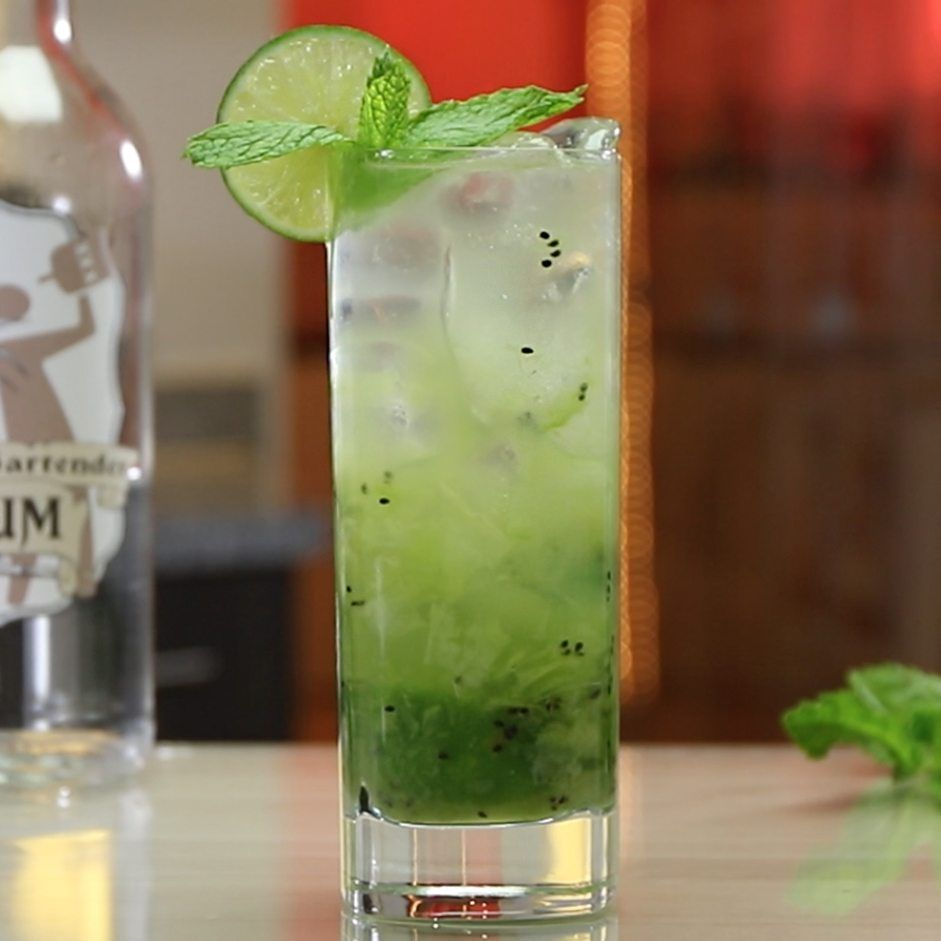 Refreshing Mojito Recipes Best Mojitos From Tipsy Bartender Rum Mixed Drinks Spring Break Drinks Mojito