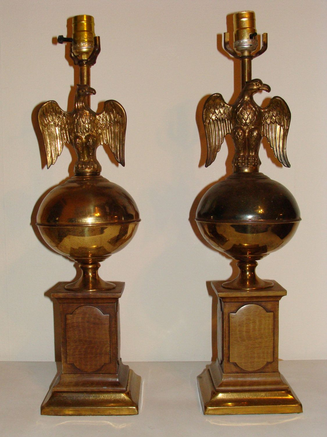 Vintage Pair Of Tall Brass Eagle Lamps Stacked On Ball All Etsy Metal Lamp Lamp Sets Lamp