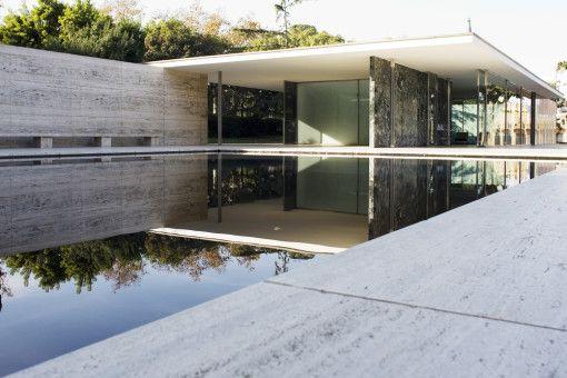 Frank lloyd wrights falling water house1 · barcelona chairmid century modern designmodern