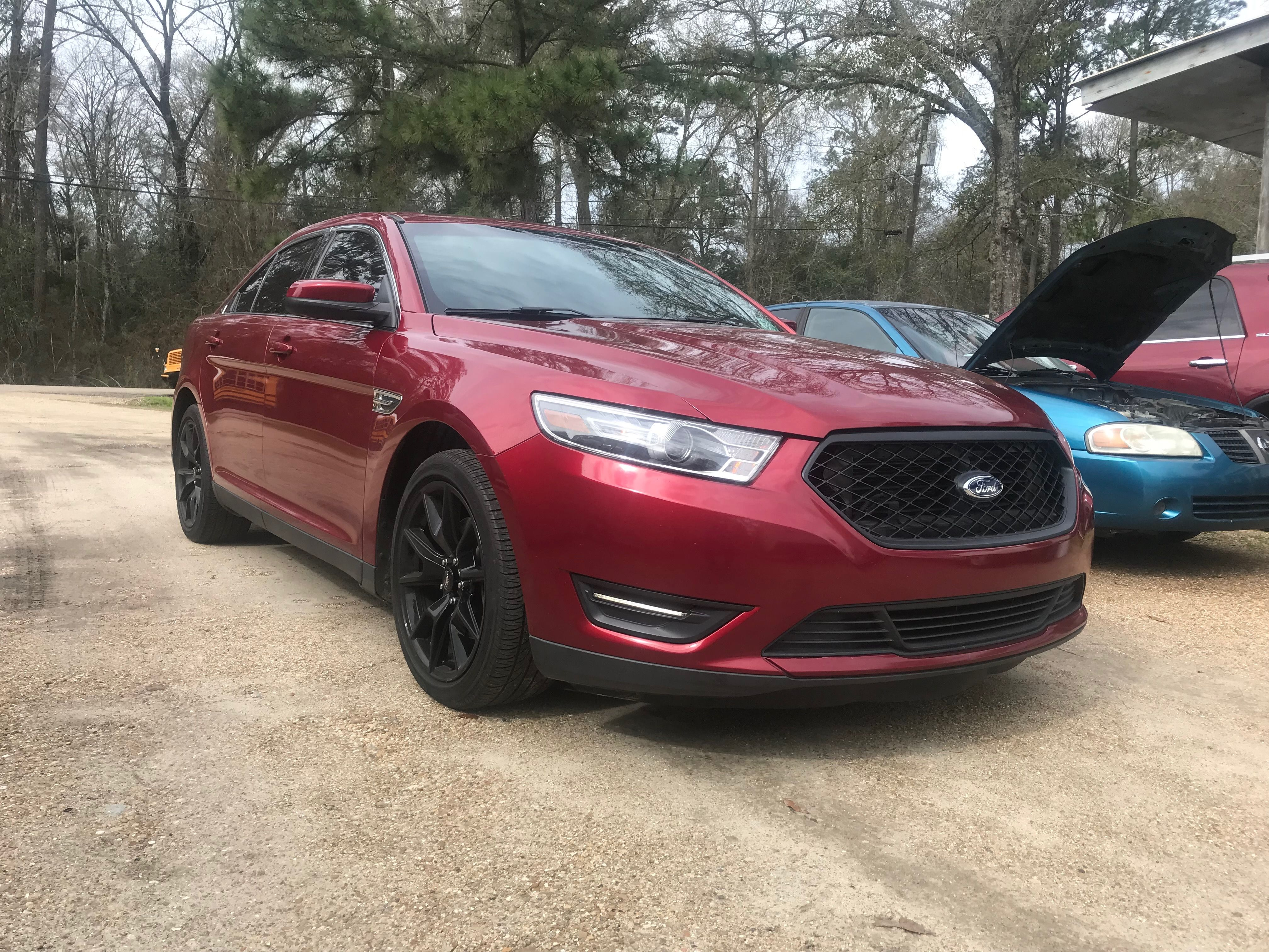 2015 Taurus With Mustang Wheels And Police Interceptor Grill Mustang Wheels Taurus Cool Cars