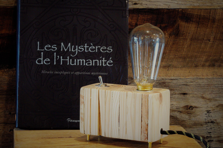 Chevet En Palette Bois belle lampe bois de palette zen épurée bouton vintage