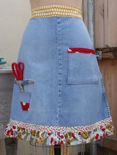 Super cute crafting apron made from vintage jeans!