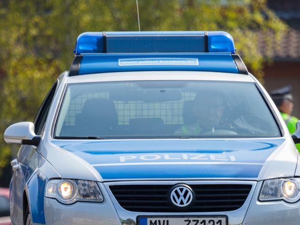 In Crailsheim bei Aalen wurde eine 30-Jährige vergewaltigt. Was der Täter nicht wusste: Die Frau ist HIV-positiv. Nach dem Vergewaltiger