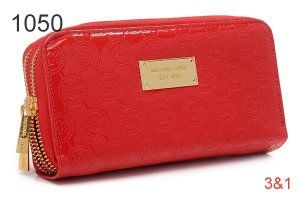 Michael Kors Bag Of Wallet With Red Double Zipper