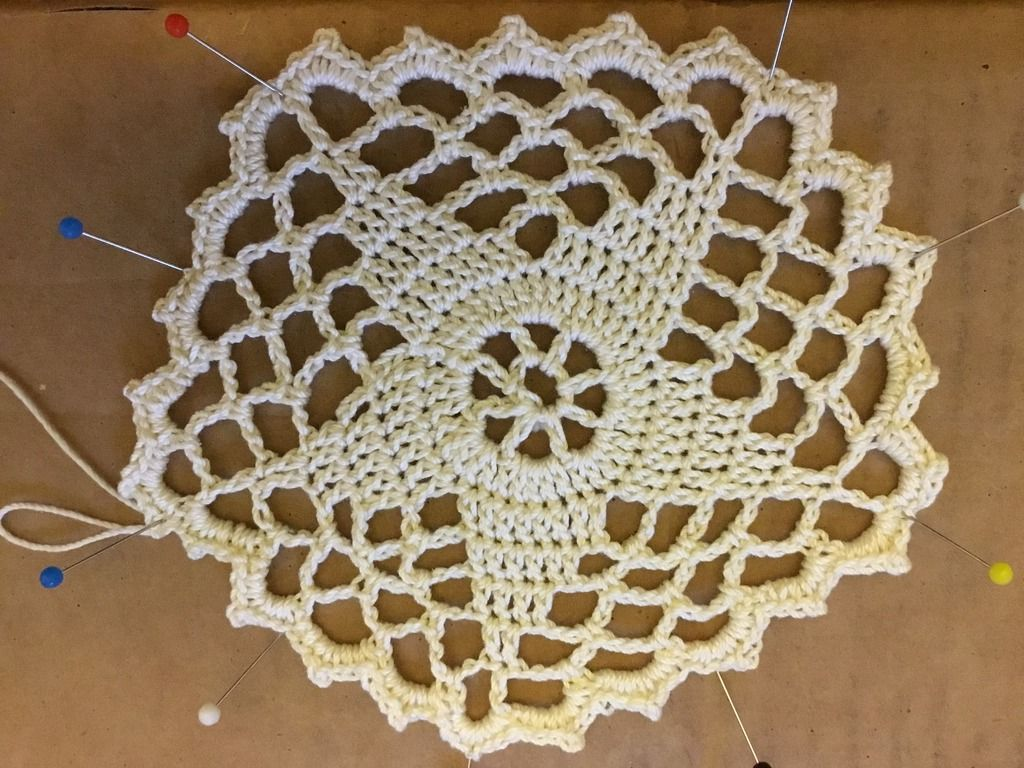 Five Point Star Doily – Boocoos Crochet Blogthingy | Jug covers ...