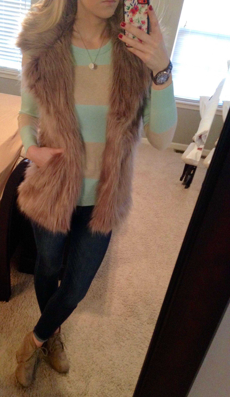 Love this vest ❤️ #express jeggings #oldnavy sweater #target booties #amazon faux fur vest