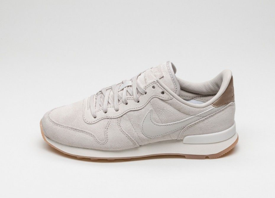 Nike Wmns Internationalist Women Beige
