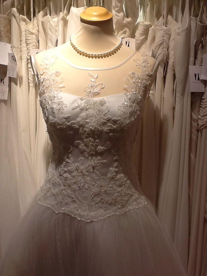 Hochwertige Brautkleider aus dem Haus der Braut | Die schönsten ...