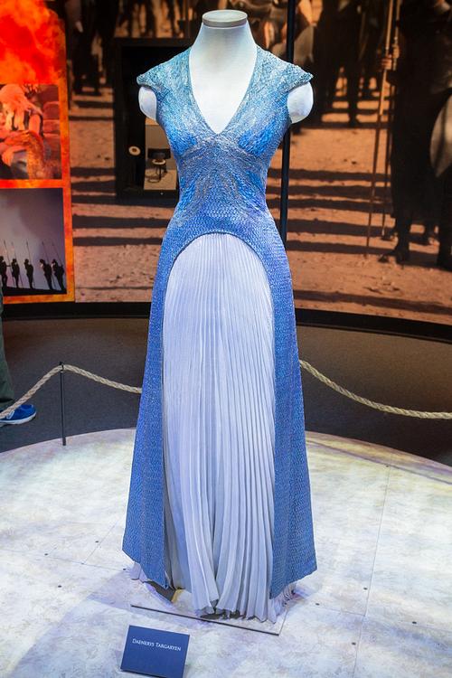 Daenerys Targaryen Juego De Tronos En 2019 Vestidos De