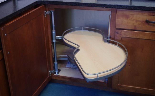 Pull-out-corner-cabinet Shelf-open