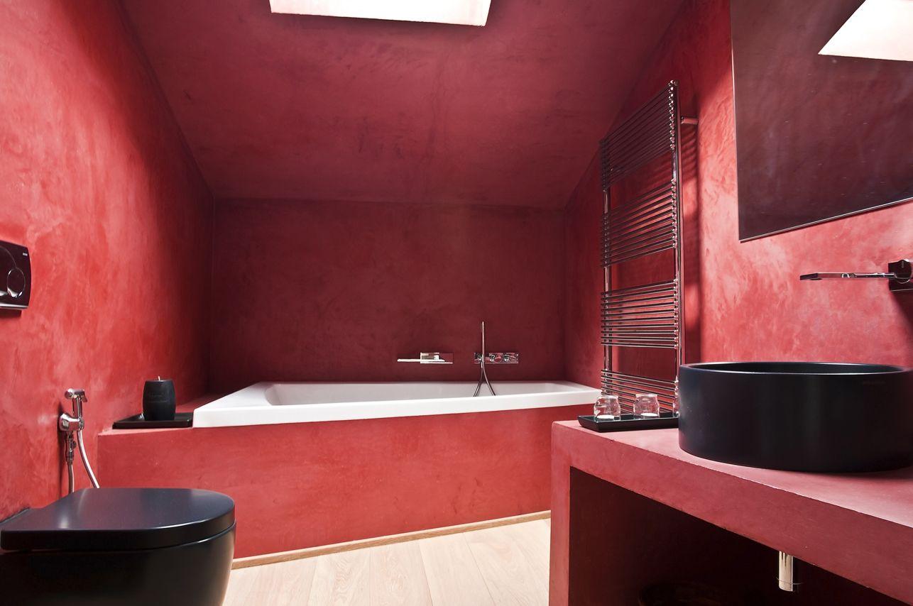 Red Bathroom - open space attic #mvinteriordesigner #attic ...