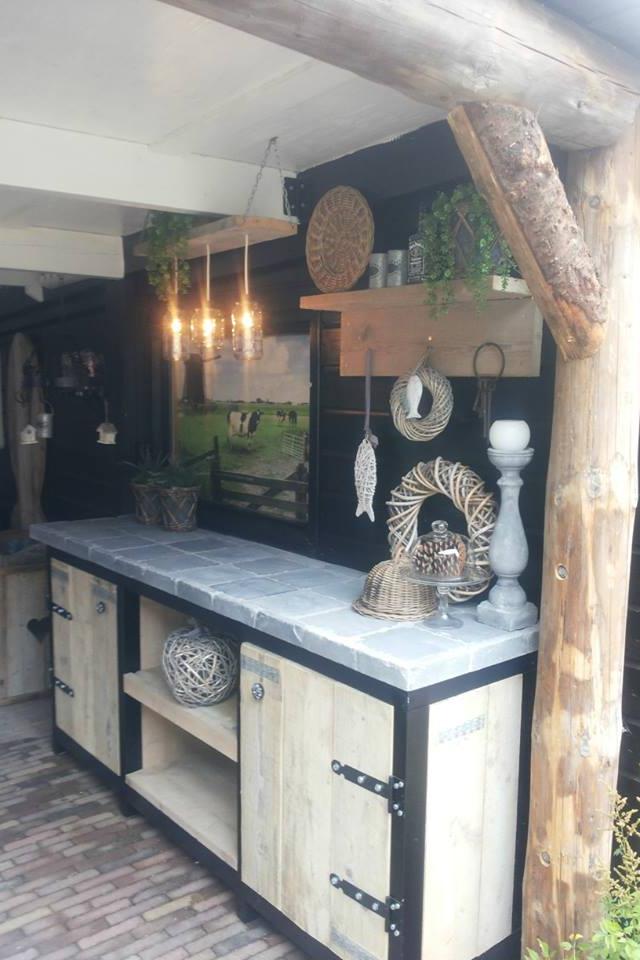 schitterende zelfgemaakte buitenkeuken