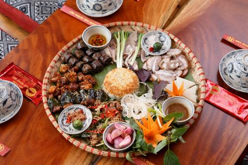 Ăn thử các món ngon từ lợn mán phố Hoàng Cầu - http://congthucmonngon.com/172456/an-thu-cac-mon-ngon-tu-lon-man-pho-hoang-cau.html