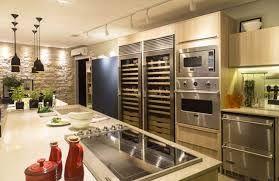 Resultado de imagem para armário de cozinha amadeirados tendências