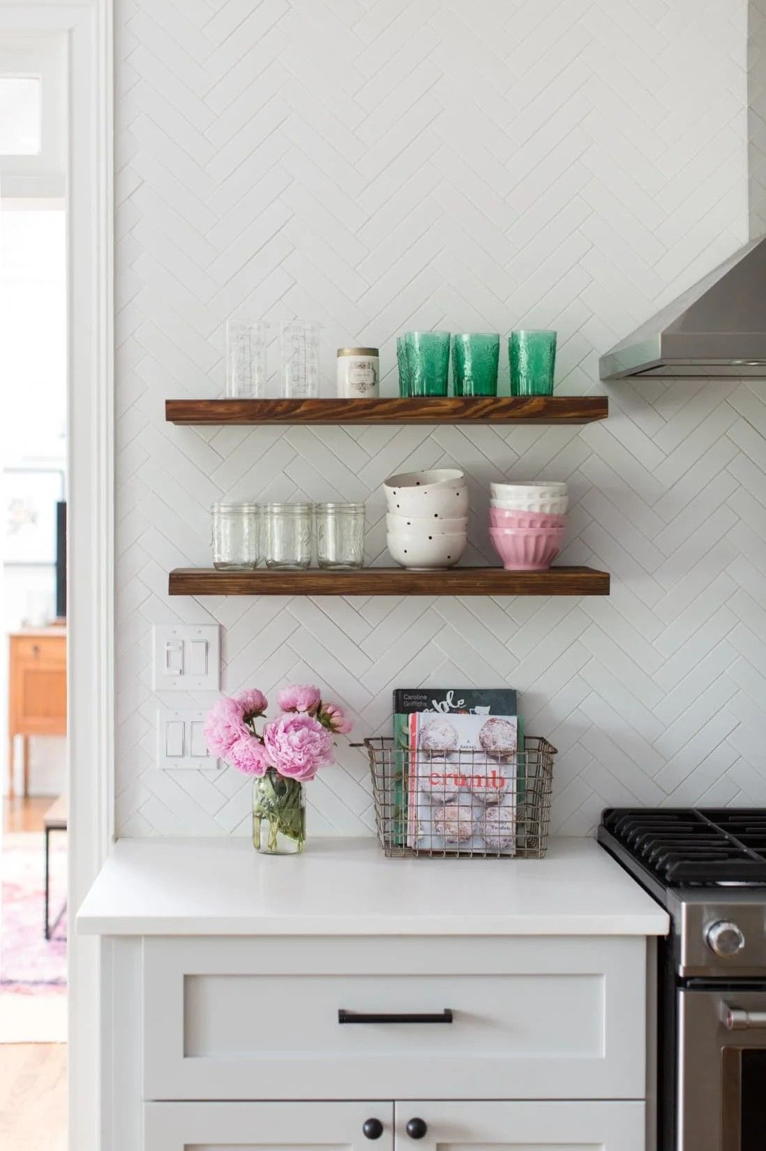 Pin By Akira Marie Designs On Luv Interior Design In 2020 Kitchen Cabinet Shelves Modern Farmhouse Dining Room Best Kitchen Countertops