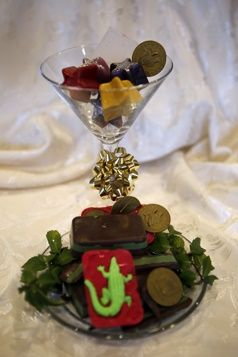 easy-melt-and-pour-soap-recipes-for-holiday-giving