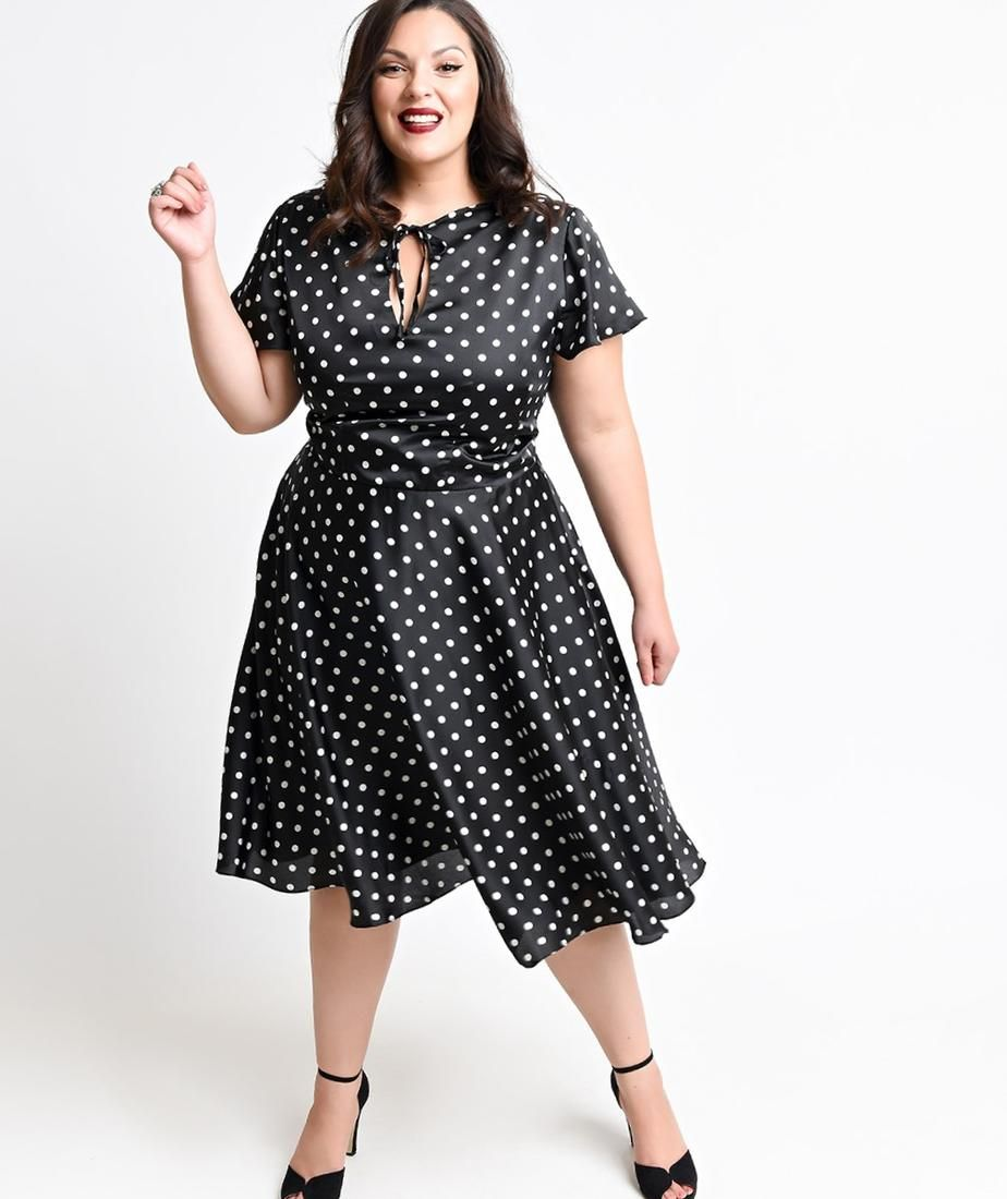 Pin up swing dress plus size   Love These Curves   Pinterest