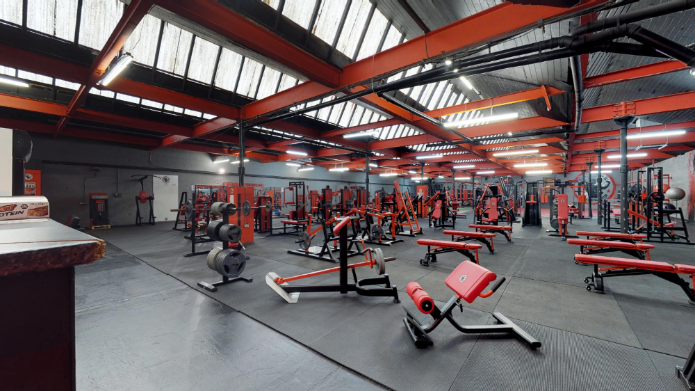 The Strength Fitness Lab Gym Is Found In Wigan Uk A Town 16 Miles Away From Manchester In Addition To Its Professiona Professional Gym Equipment Gym Wigan