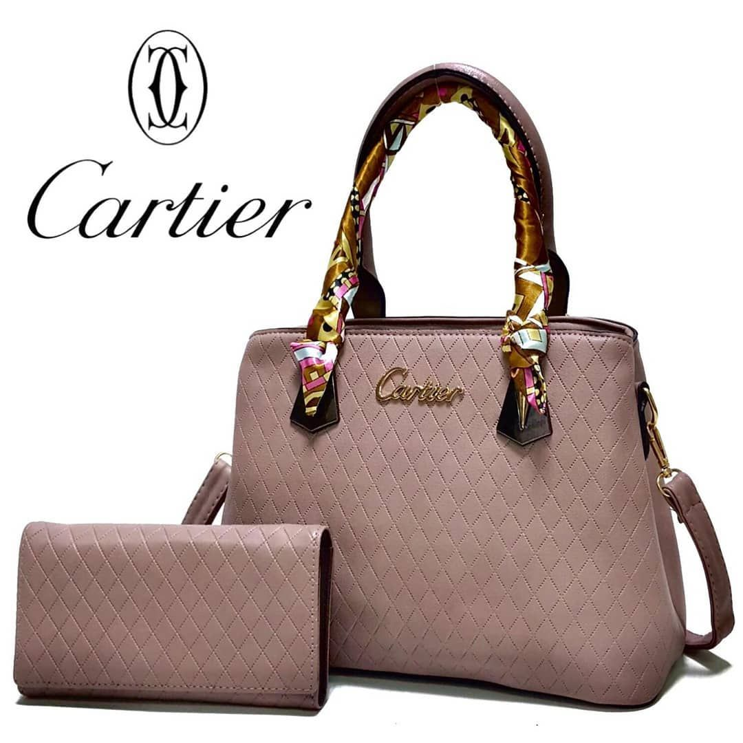 موجودة الان اجدد موديل Cartier طبق الأصل توب كوالتي للاتصال والاستفسار علي وتس اب 99419026 Kate Spade Top Handle Bag Kate Spade Top Handle Bags