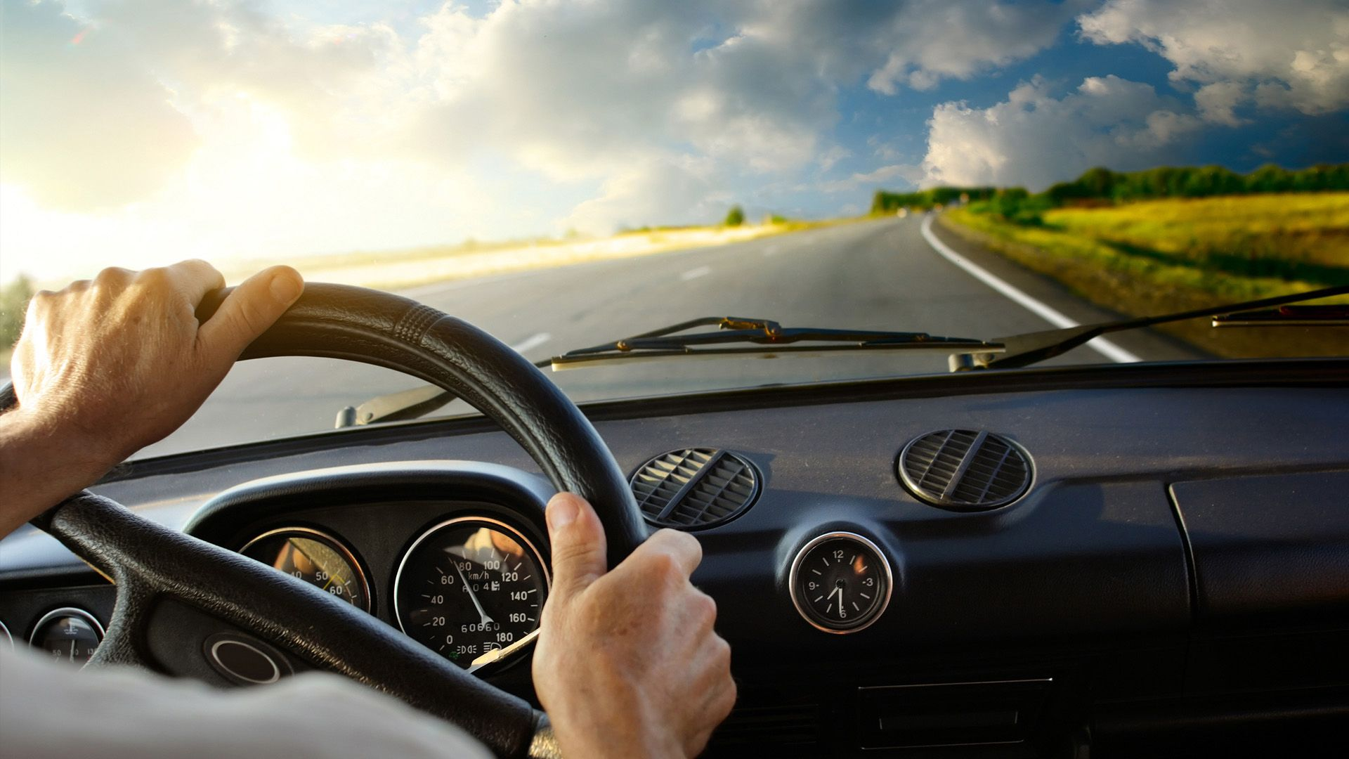 How to Choose a Suitable Driving School in Manhattan Beach