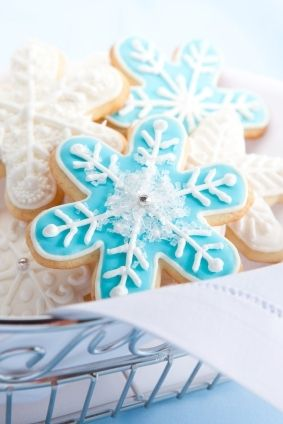 This cut-out sugar cookie recipe is a dream to work with and delicious - MissHomemade.com
