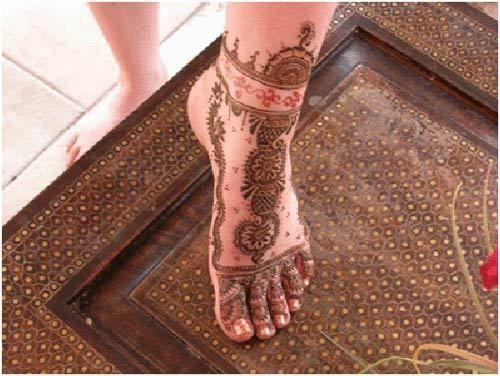 Mehndi Design Leg And Hand : Best leg mehndi designs to try in
