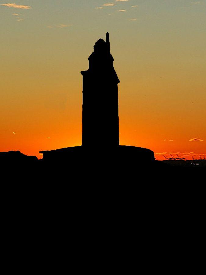 torre de hércules by Freddie McGee, via 500px