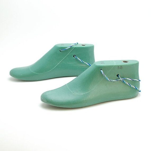 Photo of Shoe Lasts for felted boot and slipper projects – plastic shoe lasts flat sole