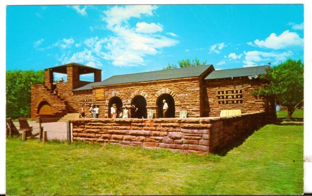 Undated Unused Postcard Club House at Abilene State Park
