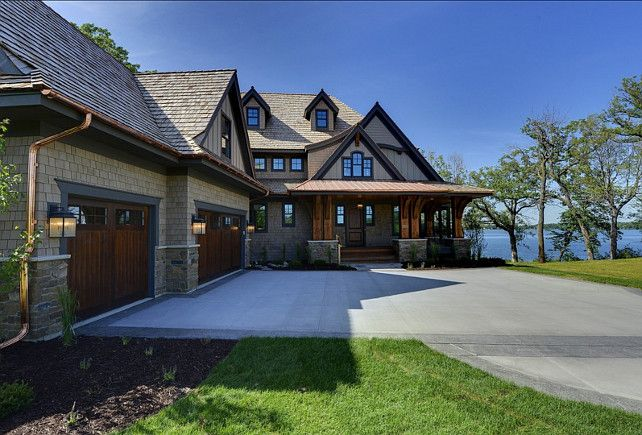 Lake Home With Beautiful Interiors House