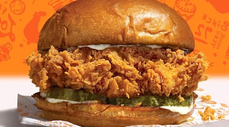 Popeyes Fried Chicken Sandwich Yes It S Back Popeyes Chicken Spicy Chicken Sandwiches Popeyes Fried Chicken