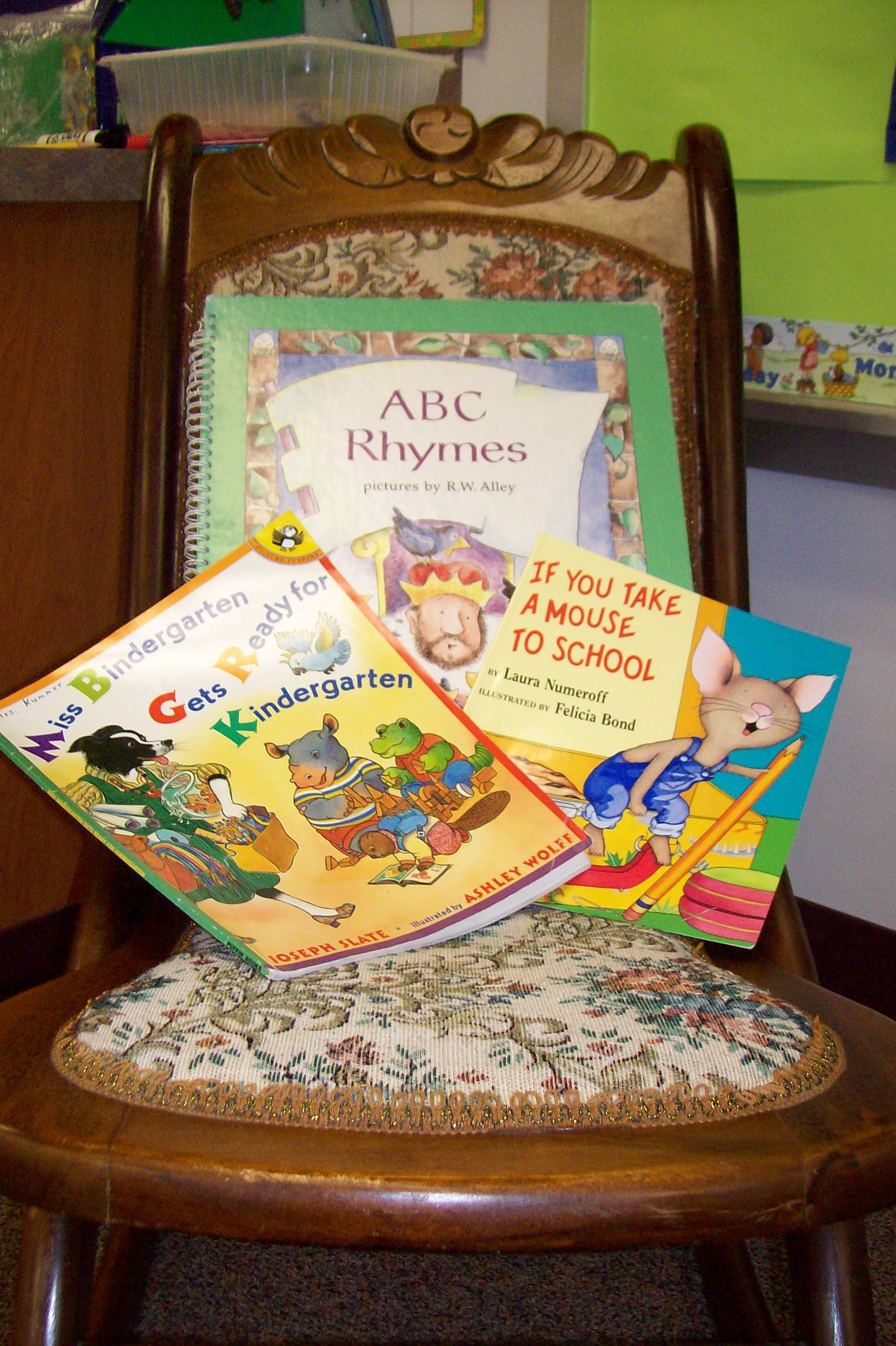 Ideas and songs for teaching ABCs