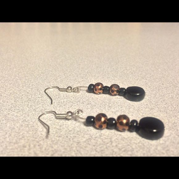NWOT  Super Cute Earrings These are new super cute earrings that you can wear almost anywhere! (Black & Gold) Jewelry Earrings