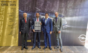 Opel Marcos Motor premiado como Reparador del Año Opel 2015