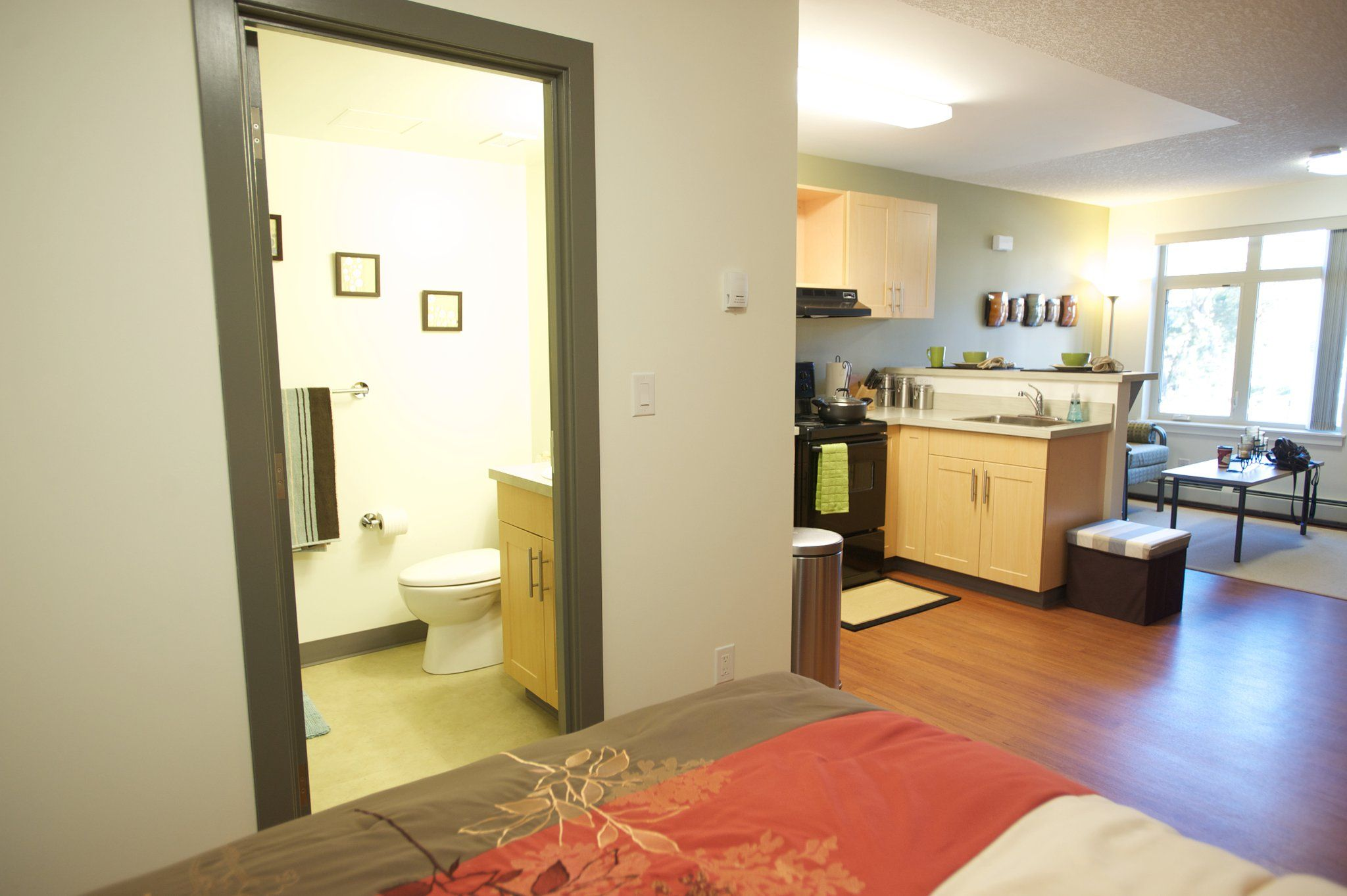 A Studio Unit In Graduate Residence Is Spacious And A Good Place To Call  Home. Part 67