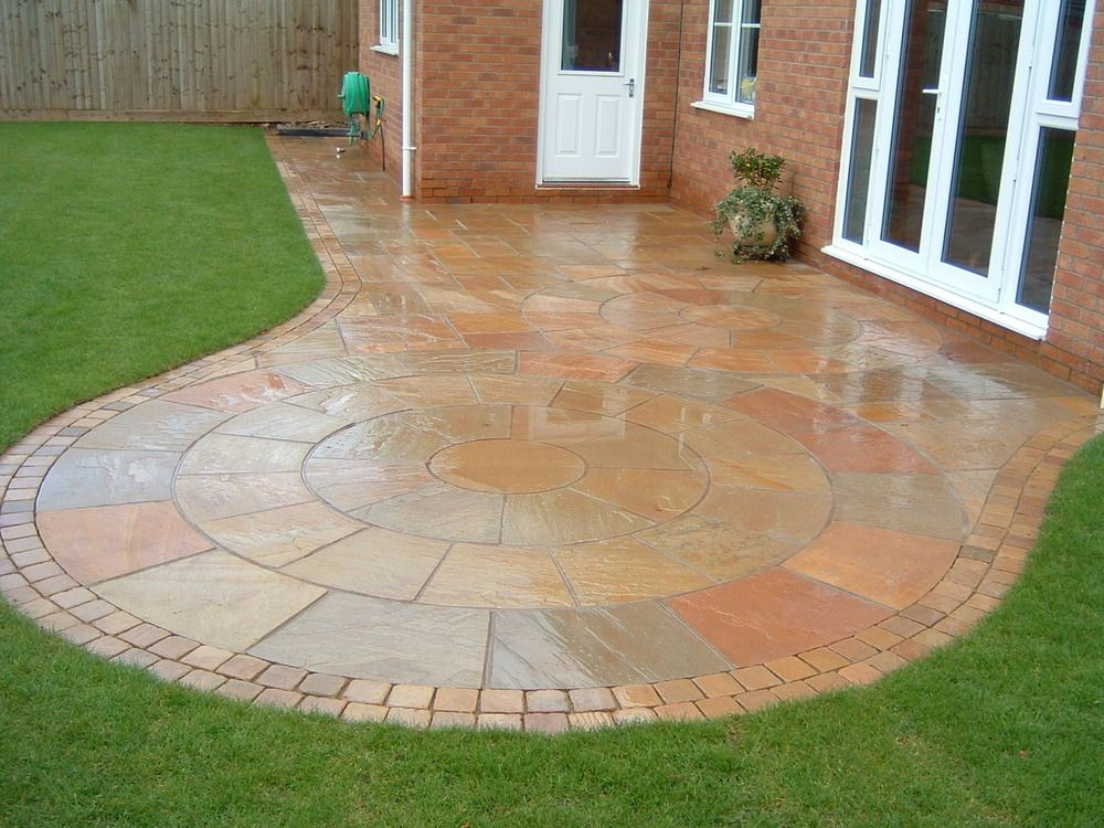 Circular paving in back garden. Make your home design ... on Paving Ideas For Back Gardens id=88552