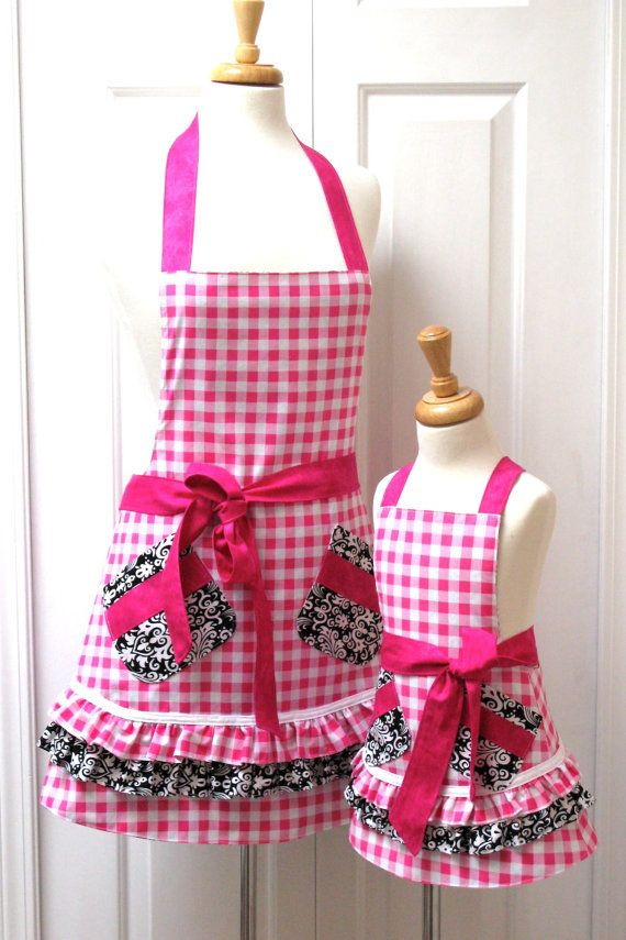 Mother and Daughter apron set .. fits 5-6 Adult One SizeChild Medium
