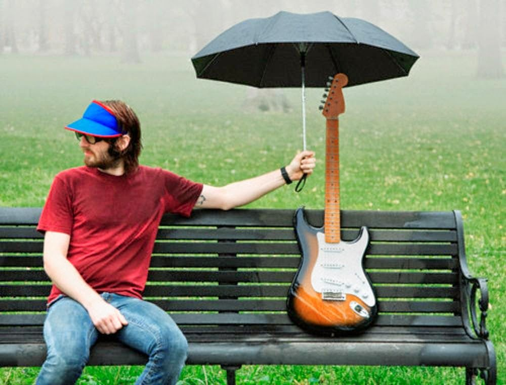 легендарная картинки дождь под гитару праздники прогулки черногорки