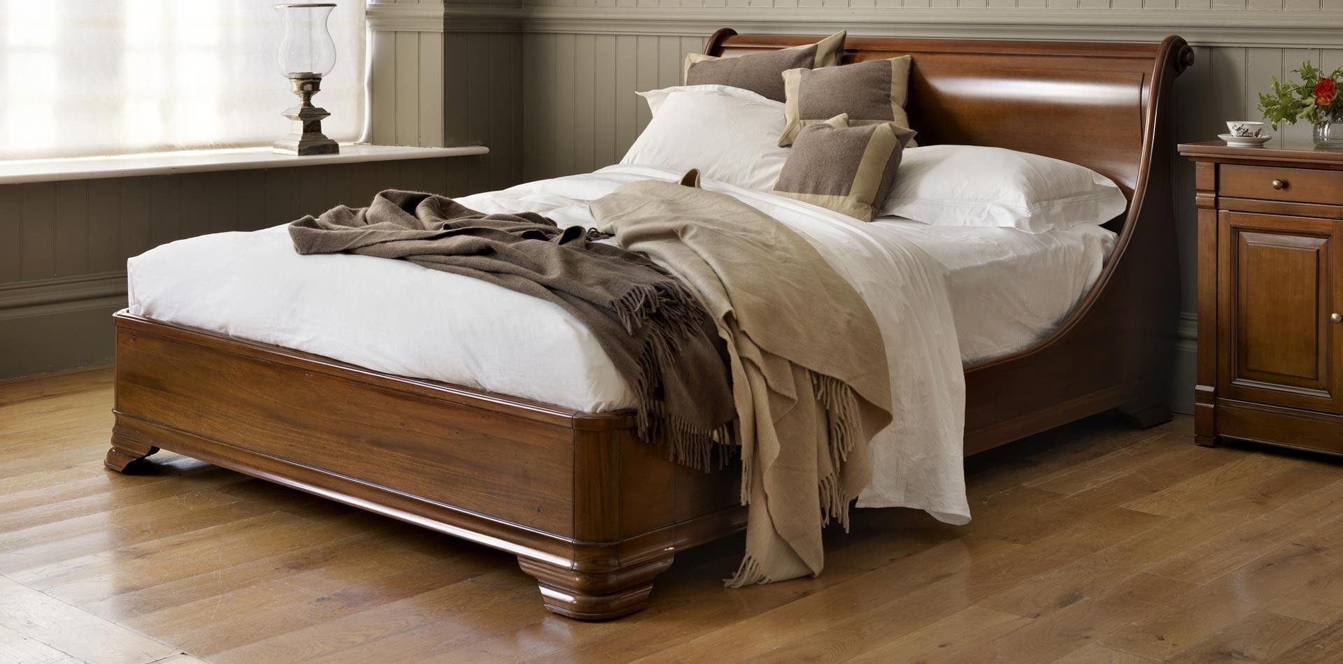 Luxury Manoir Socle Wooden Sleigh Bed AND SO TO BED