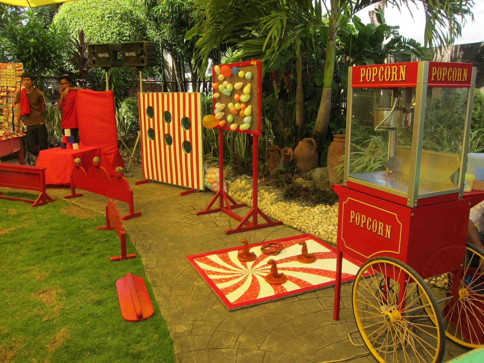 Homemade Circus Decorations 17 Best Ideas About Vintage Carnival Games On Pinterest Vintage