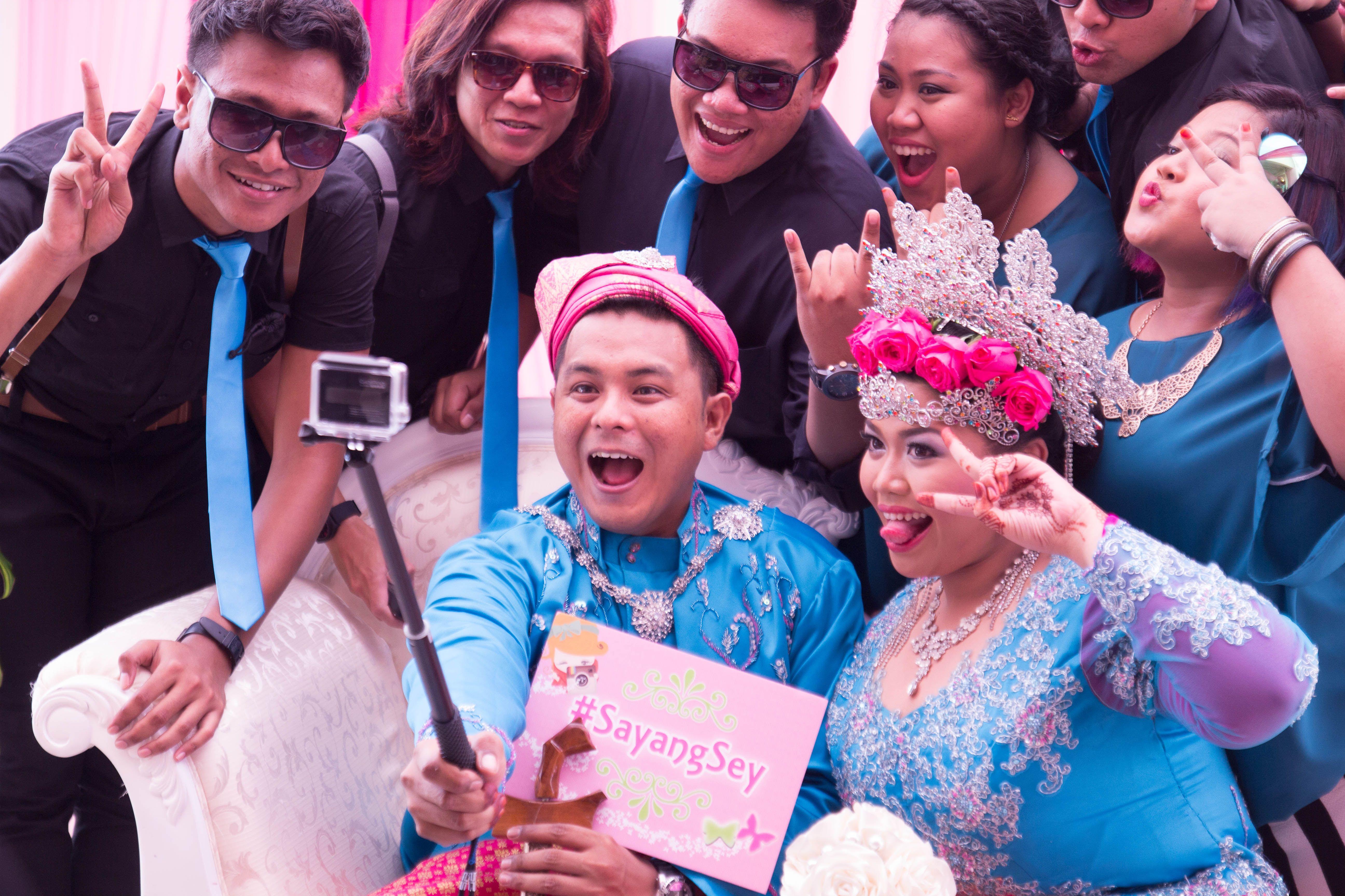 Capturing the selfies, Malay Wedding, 2014
