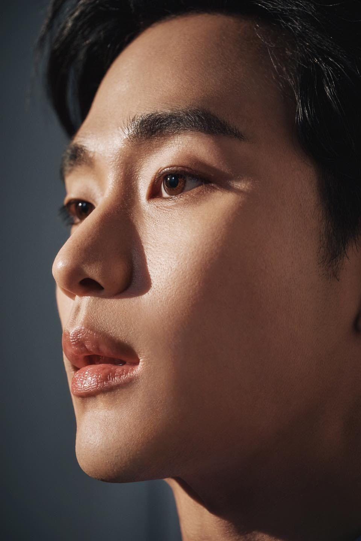 Pin Oleh Alesya Kedalo Di It S Okay To Not Be Okay Gambar Wajah Aktor Kim Soo Hyun