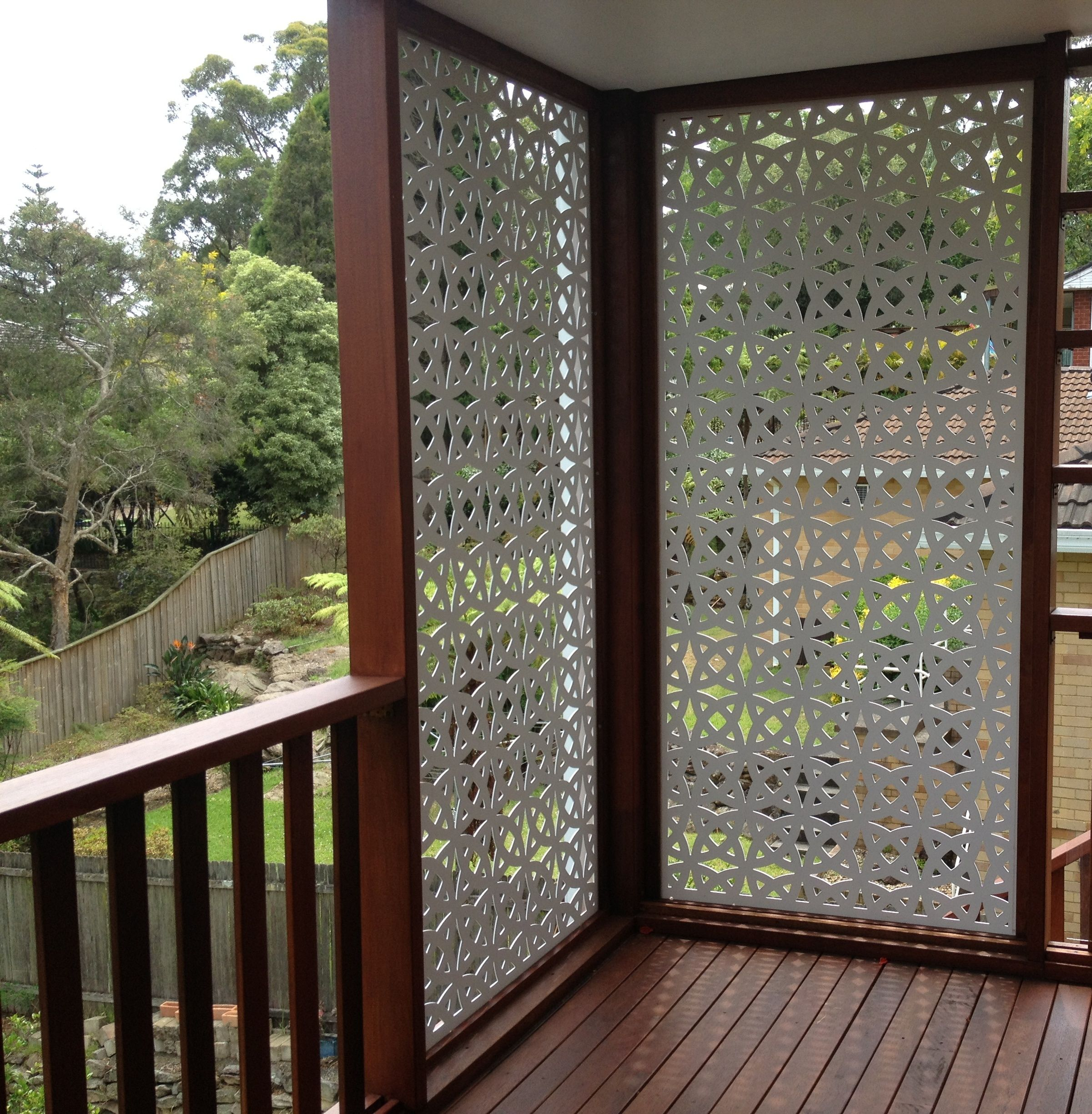 Timber panels timber privacy screens internal divider for Hanging privacy screens for decks