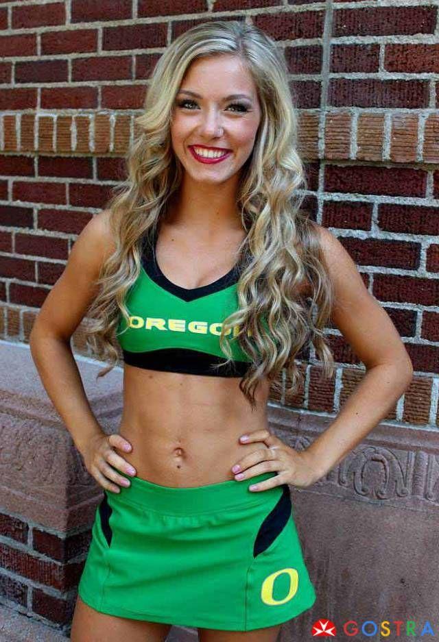 Oregon cheerleaders http://gostra.com/22-sexy-college-cheerleaders-you-must-see/ #cheerleaders