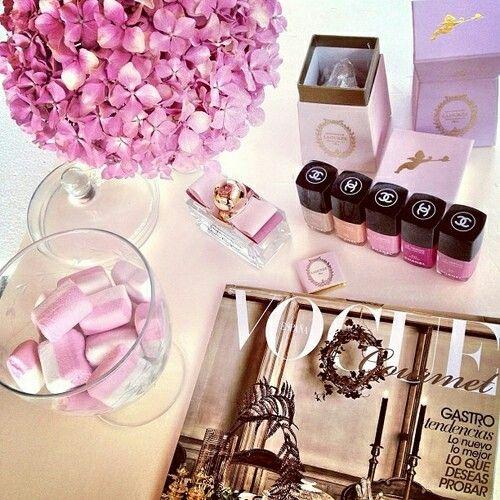 Vogue Chanel Laduree
